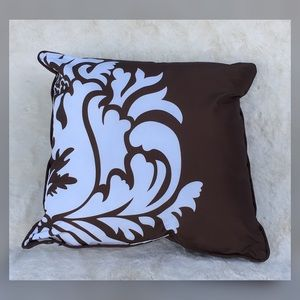 Decorative Accent Pillow - Like New